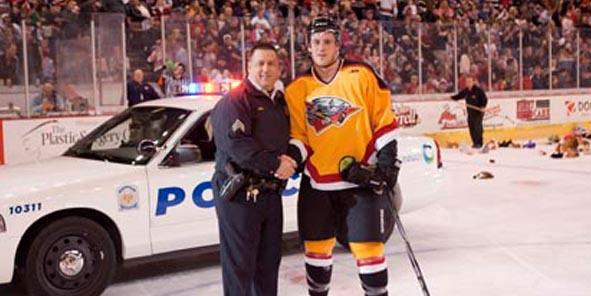 Cyclones Partner With Cincinnati Police Department for Teddy Bear Toss