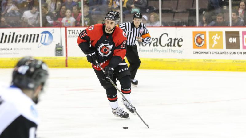 McNALLY RETURNS TO CINCINNATI