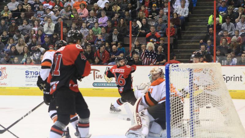 CYCLONES UPENDED IN HOME RETURN