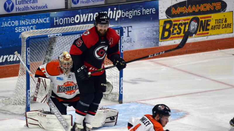 CYCLONES LATE COMEBACK BID FALLS SHORT IN GAME 2