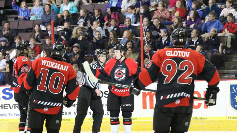 CYCLONES IMPRESS IN FRONT OF RECORD MATINEE CROWD