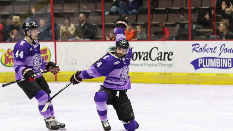 CYCLONES LOSE LEAD, PREVAIL IN OVERTIME