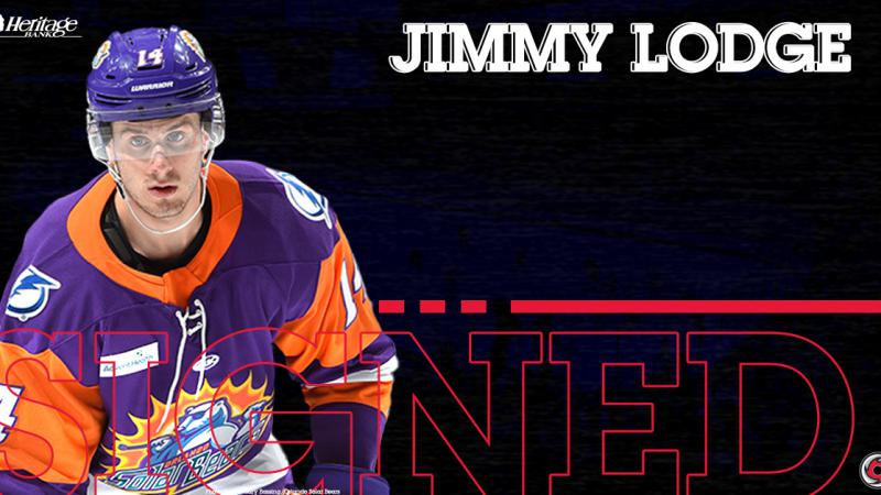 Cyclones Sign Jimmy Lodge